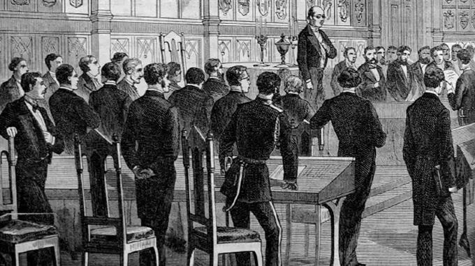 Linkki tapahtumaan Keisarivallan vaatteissa: siviiliunivormuilla luotu yhteiskunta 1809 -1917