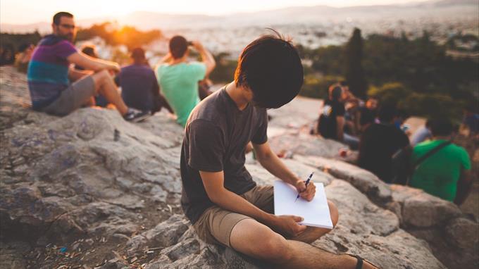 Linkki tapahtumaan Avoimet kirjoittajatreffit