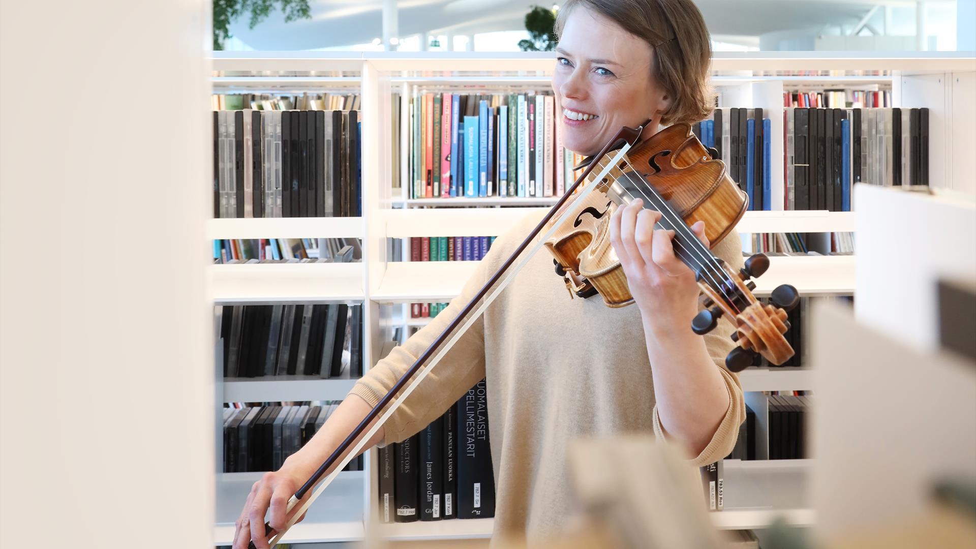Linkki tapahtumaan Orkesteri tulee kirjastoosi