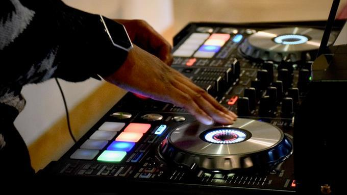Linkki tapahtumaan Oodi soi! DJ Player