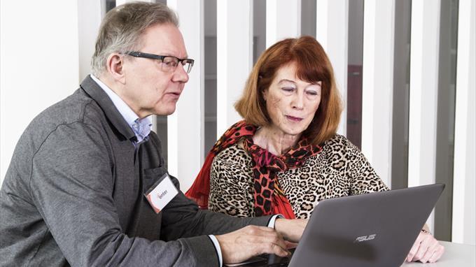 Linkki tapahtumaan ENTER ry:n tietotekniikan vertaisopastusta senioreille