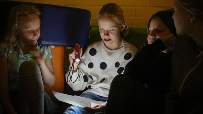 Länken till evenemang Unga poeters sällskap drar igång